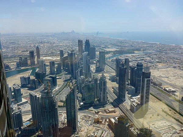 Blick vom Burj Khalifa, dem (noch) höchsten Gebäude der Welt
